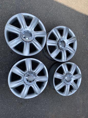 Комплект дисков R19 на Audi Q7. (21)