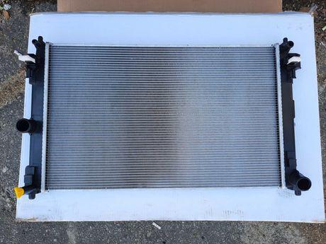Toyota chr радиатор,диффузор охлаждения и кондиционера 2.0