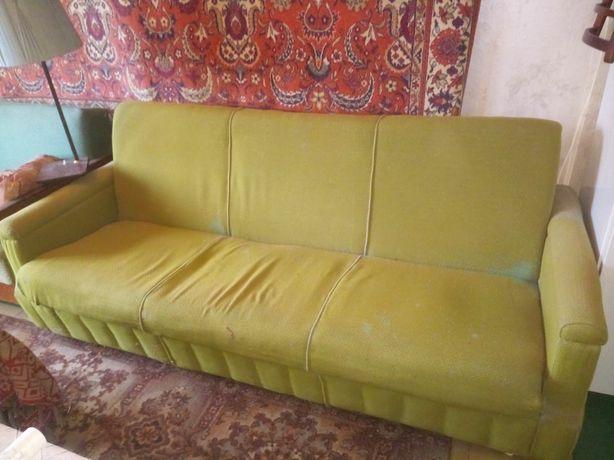 Диван румынский +2 кресла