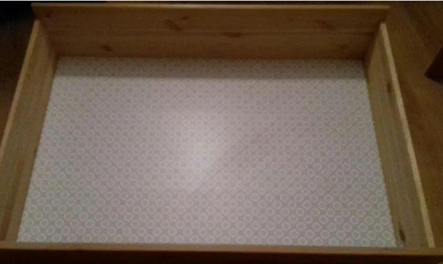 Wygodna skrzynia/pojemnik na pościel z Ikea