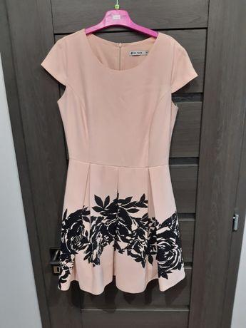 Sukienka różowa 38