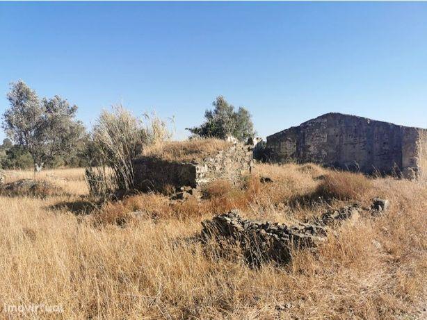 Monte com ruína - Ourique