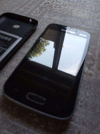 Samsung. GT-S7262.