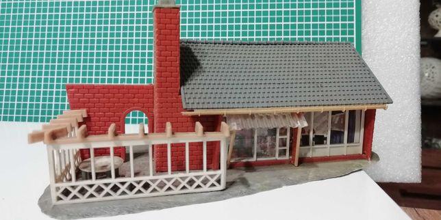 ładny domek firmy Faller_kolejka h0 może i do kolejki tt będzie