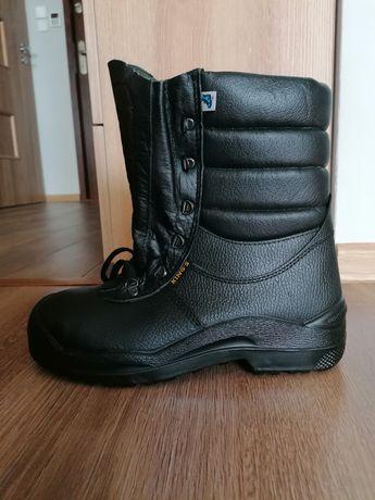 Sprzedam nowe buty robocze zimowe