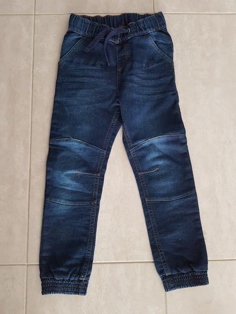 Spodnie jeans joggersy