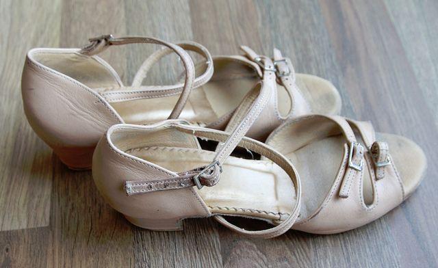 Buty do tańca towarzyskiego rozmiar 34