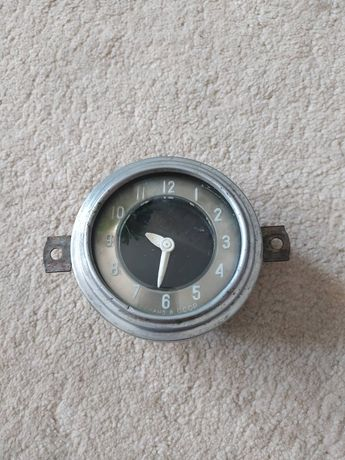 Часы автомобиля ГАЗ 21 , Победа