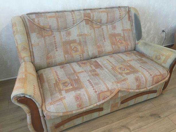 Продам диван (розкладний)