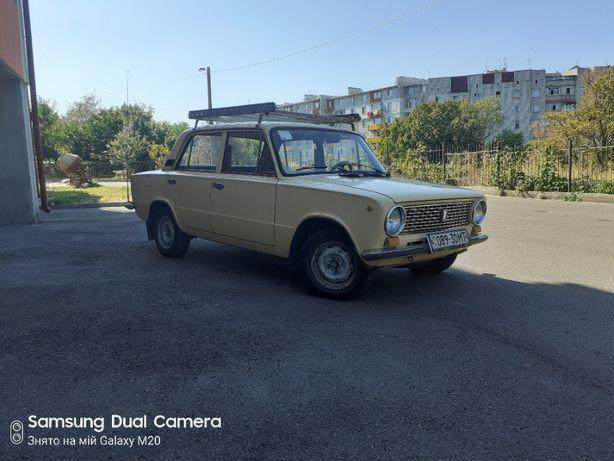 Автомомобіль ВАЗ 21013