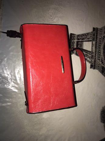 Новая сумка косметичка на замочке
