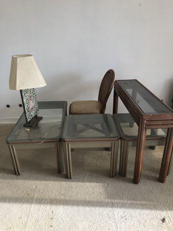 Conjunto de três mesas