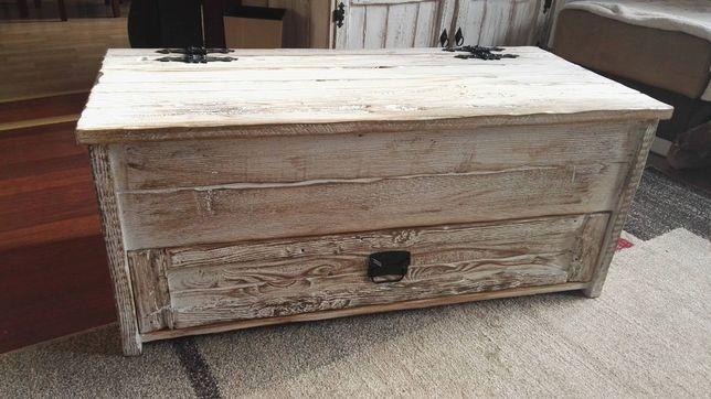 skrzynia kufer na buty bielona postarzana z litego drewna