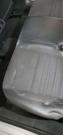 Profesjonalne czyszczenie samochodu