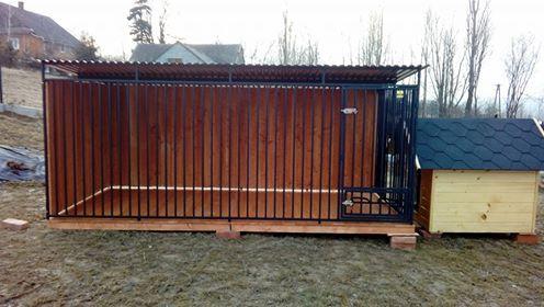 Kojec dla psa z drewnianymi ścianami 3x2 m