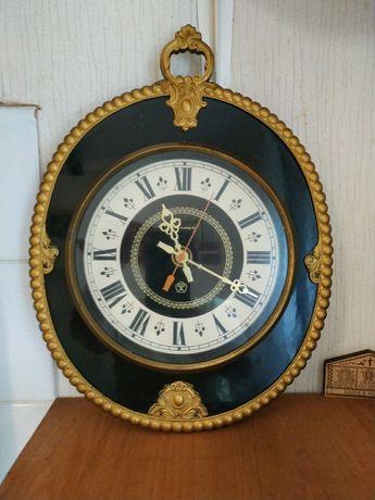 """Часы """"Янтарь"""" цена за 2 шт."""