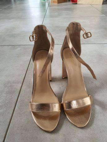 Złote sandały deezee rozm 38