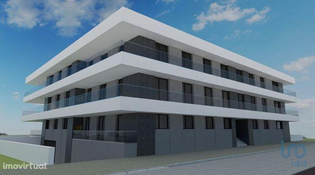 Apartamento - 240 m² - T5