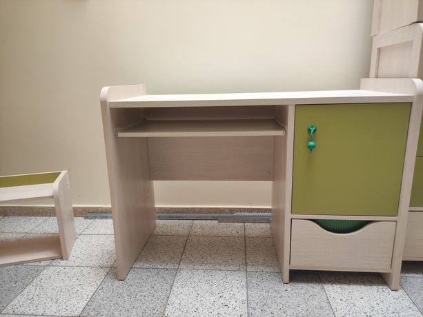 Biurko+półka dziecięca Hihot