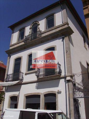 Escritórios no centro da cidade! Preços desde 185€ (sala com 16m2) até