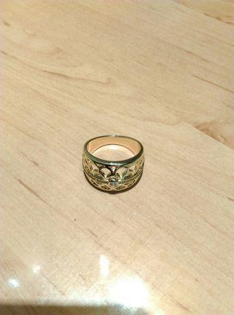 Pierścionek imitacja złota