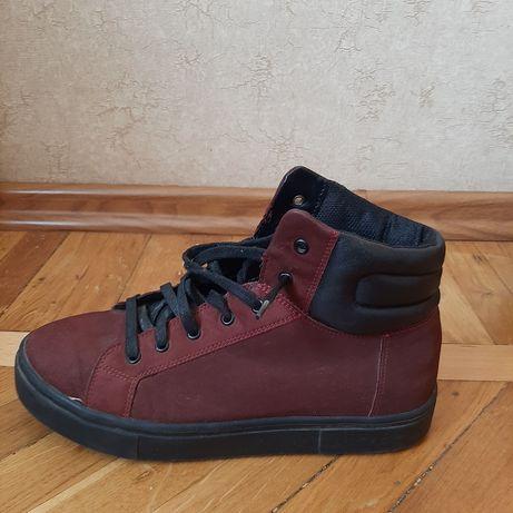 Ботинки осенние ..