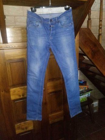 Spodnie męskie niebieskie Pull Bear