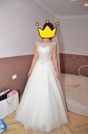 Весільне плаття дизайнерське