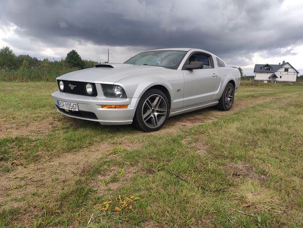 Mustang GT 4.6 V8 manual