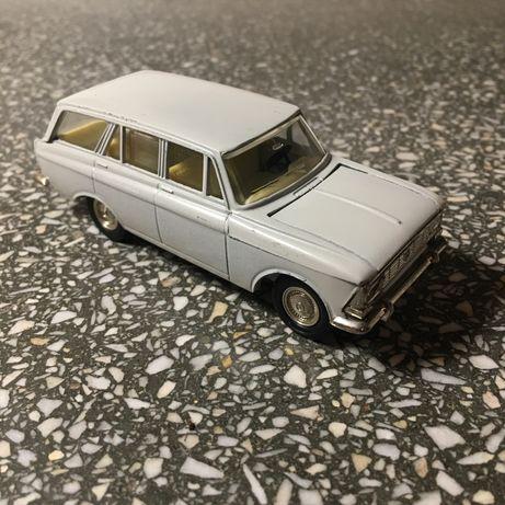 Moskwicz 426 model 1:43