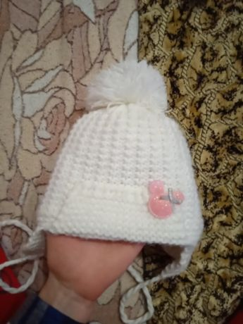 Зимняя шапка на девочку
