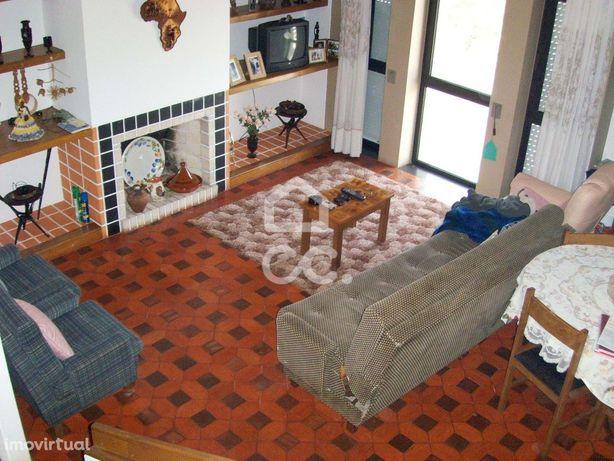 Apartamento T2 Duplex _Termas de São Pedro do Sul