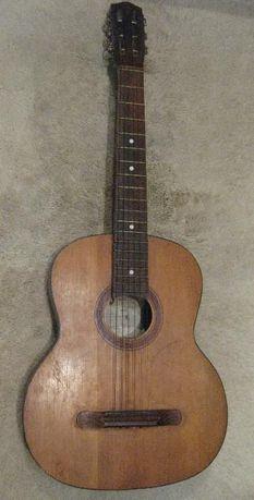 Продам б/у в хор. сост. акустическую гитару украинского производства