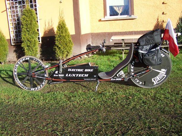 poziomy rower elektryczny