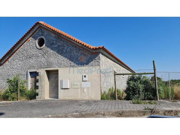 Casa e Adega recuperadas em Atouguia da Baleia, Peniche.