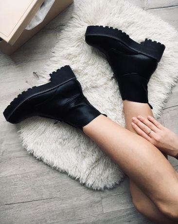 Skórzane czarne krótkie botki buty w stylu zara stradivarius