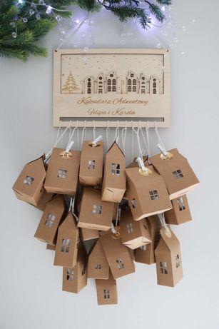 Drewniany Kalendarz adwentowy domki