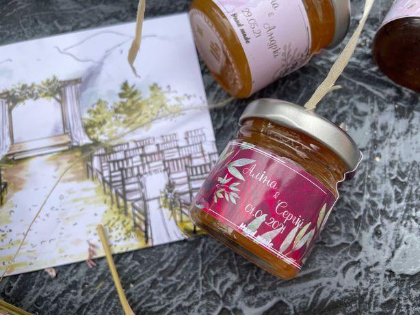 Подарок гостям на свадьбу Маленькая баночка джема