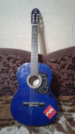 Гитара Маxtone Eurofon
