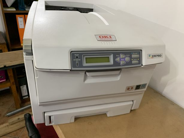 Impressora laser cor Oki C5750