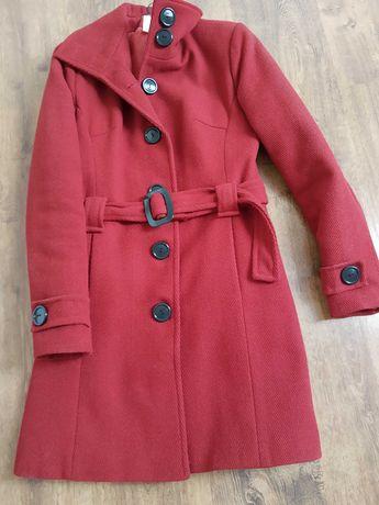 Płaszcz czerwony 70% wełny