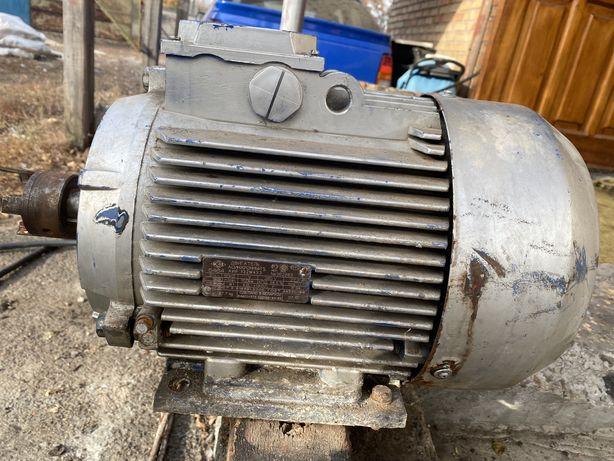 АИР 132 М4 (11 кВт 1500 об/мин) двигатель трехфазный Могилев Беларусь