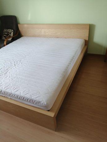 Łóżko z materacem 200x220
