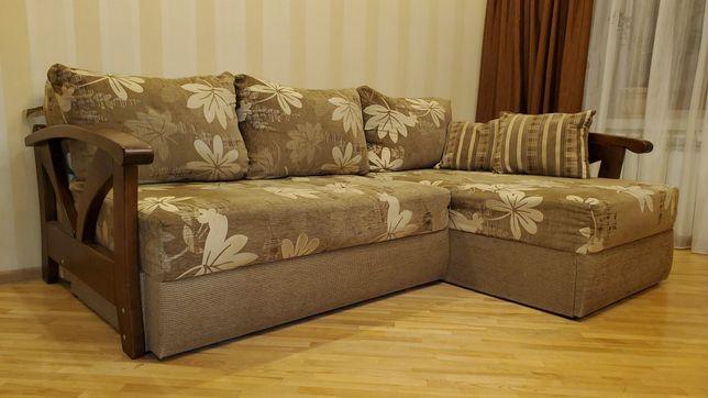 Кутовий диван Укрізрамеблі/спальне місце 1.6 на 2.0