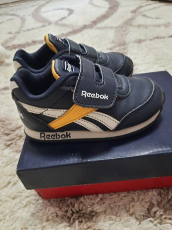 Крассовки Reebok (оригинал) 22 размер