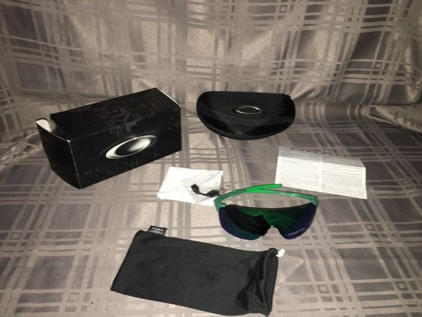 Oculos sol oakley EvZero Stride (novos)