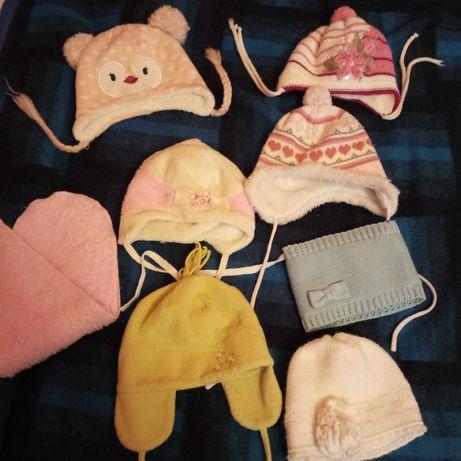 Zestaw czapeczek na dziewczynkę jesień/ zima rozmiar 44-46-48