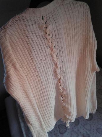 Sweterek kremowy M sznurowany luźny