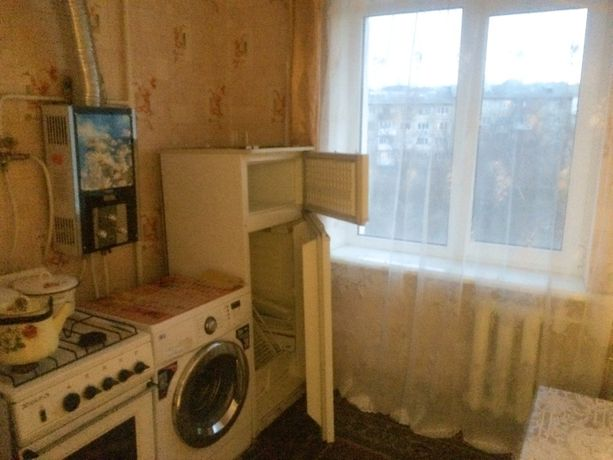 1 комнатная квартира по ул. Карапетяна (в центре города)