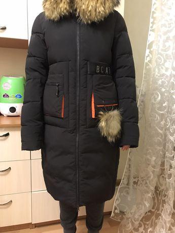 Продам новую зимнюю курточку
